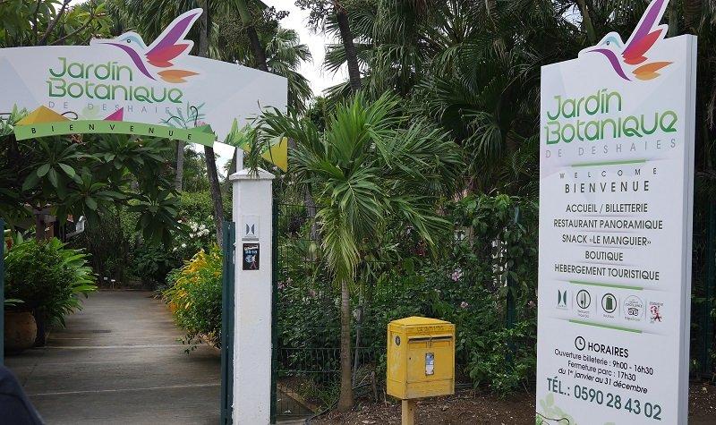 parking jardin botanique deshaies