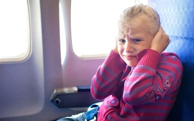 pression des oreilles avion