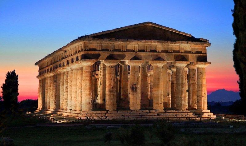 visiter paestum en italie