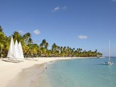 Plage de la Caravelle en Guadeloupe