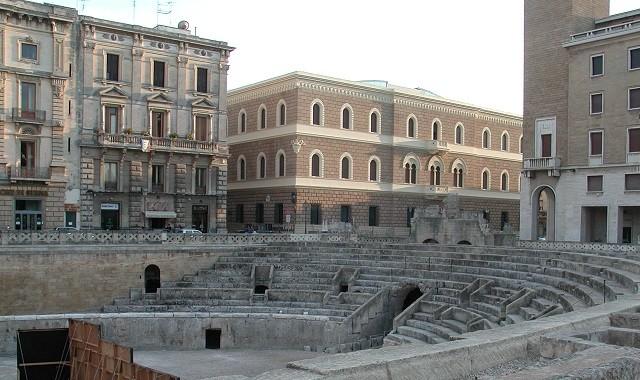 Lecce en italie une ville captivante - Piscine a lecce ...