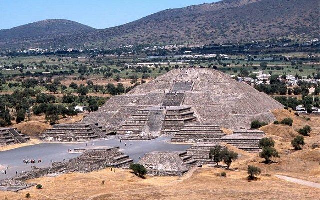 pyramide mexico