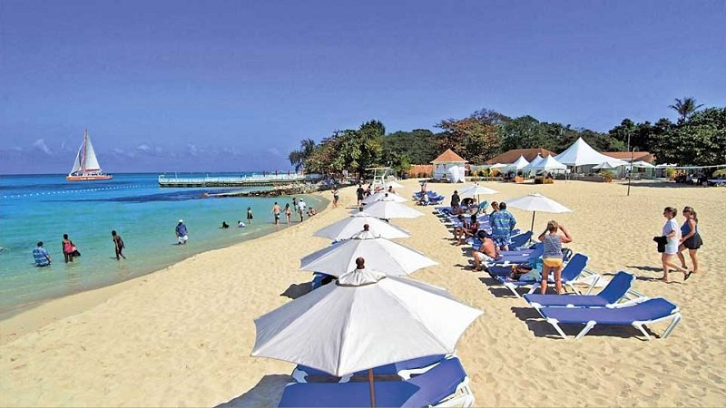 Cornwall plage montego bay