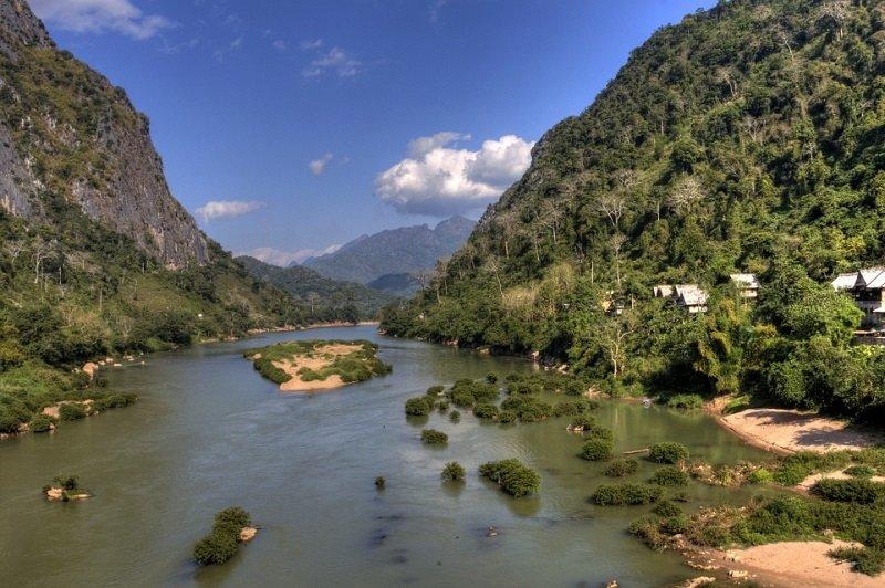 Nong Khiaw rivière