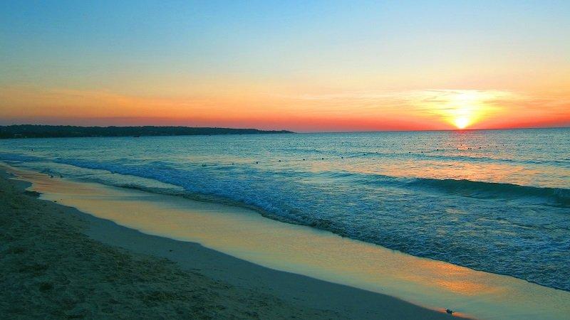 coucher de soleil seven mile beach