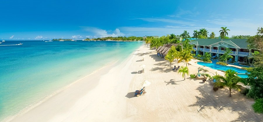 seven mile beach hotel