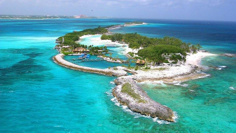 new providence aux bahamas