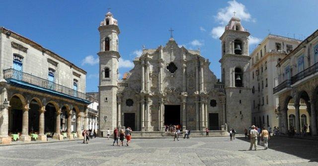 Plaza de la Catedral la havane