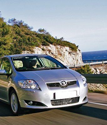 Louer et conduire une voiture en Grèce