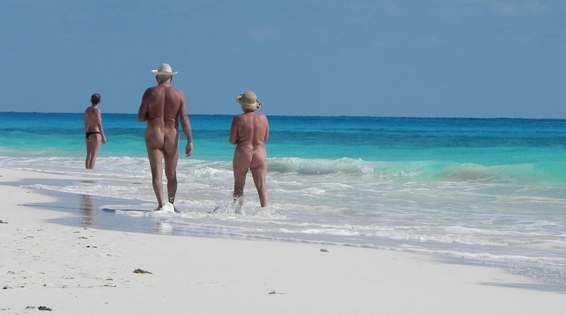 nudiste cayo largo