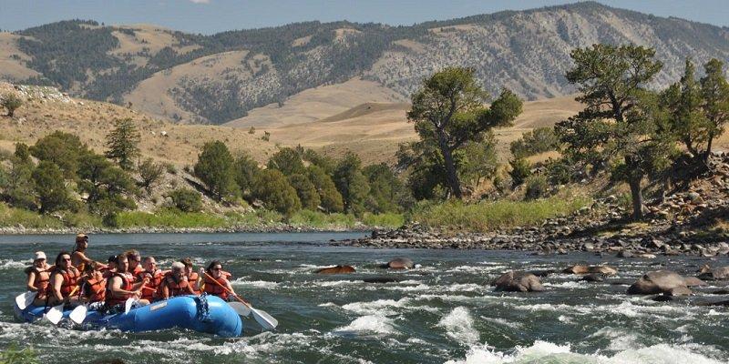 rafting yellowstone
