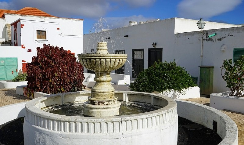 fontaine teguise