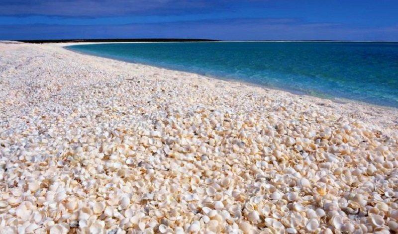plages insolites monde