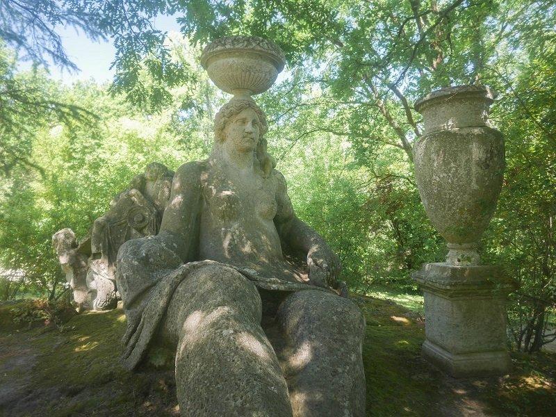 statue bomarzo