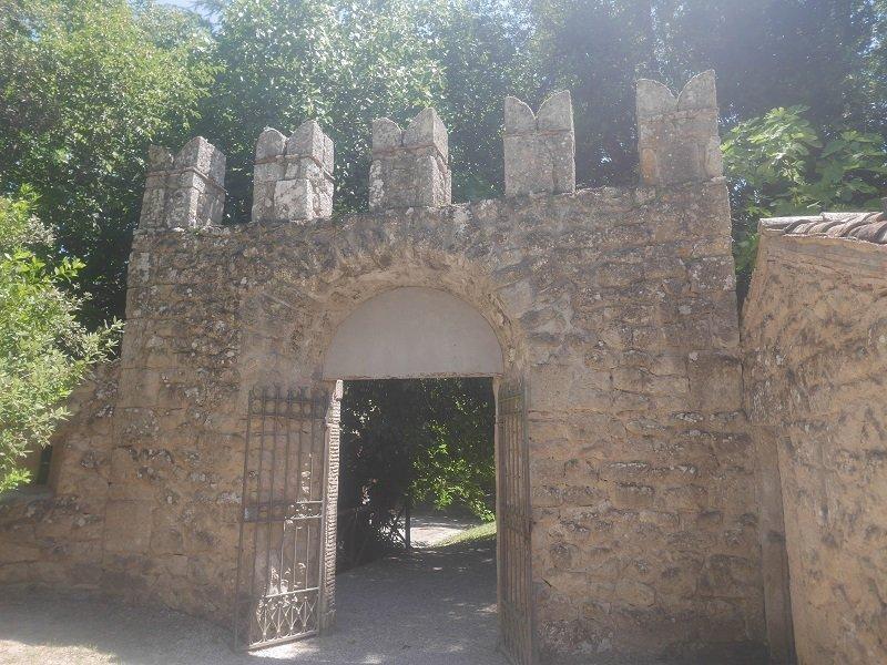 entrée parc des monstres bomarzo