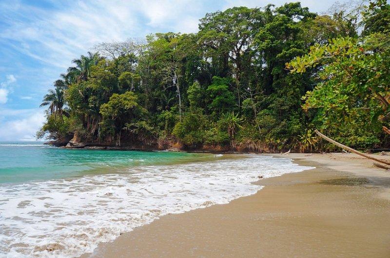 magnifique plage costa rica