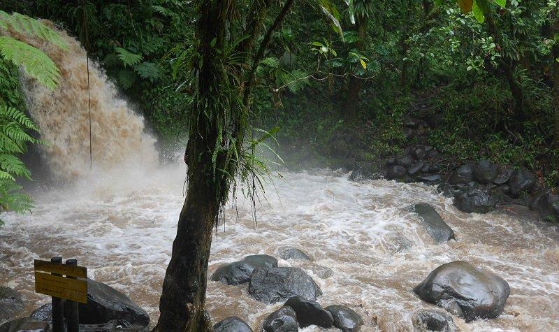 cascade aux écrevisses après la pluie