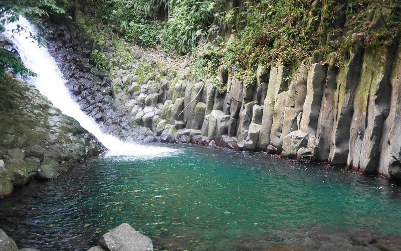 belle cascade de guadeloupe