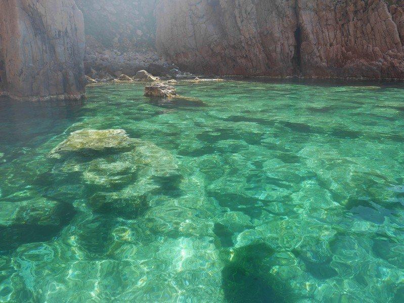 eaux claires calanques de piana