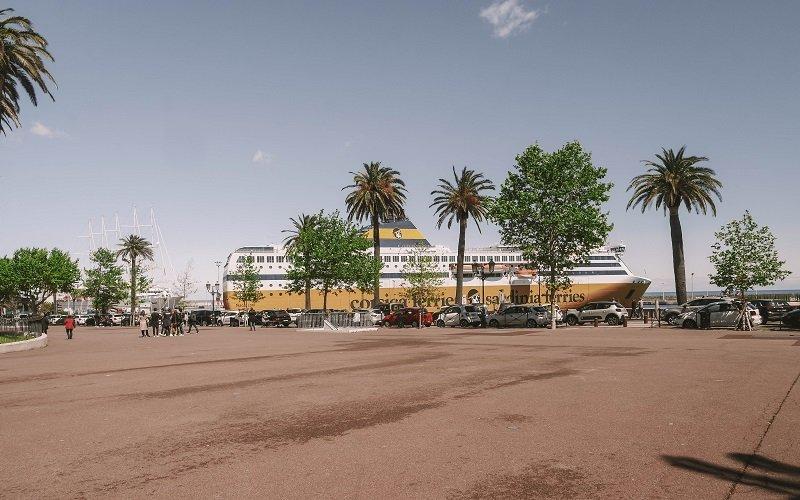 bateau place saint nicolas bastia