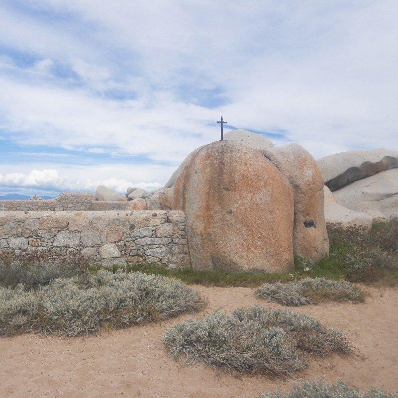 cimetière ile lavezzu