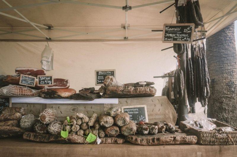 marché place foch ajaccio