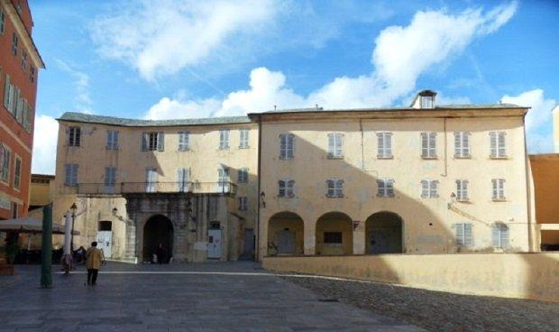 interieur citadelle bastia
