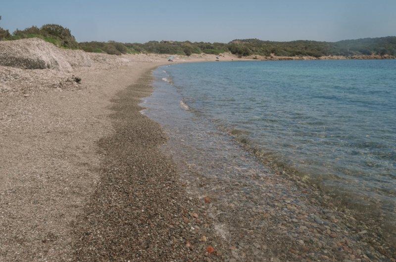 plage à côté de rondinara