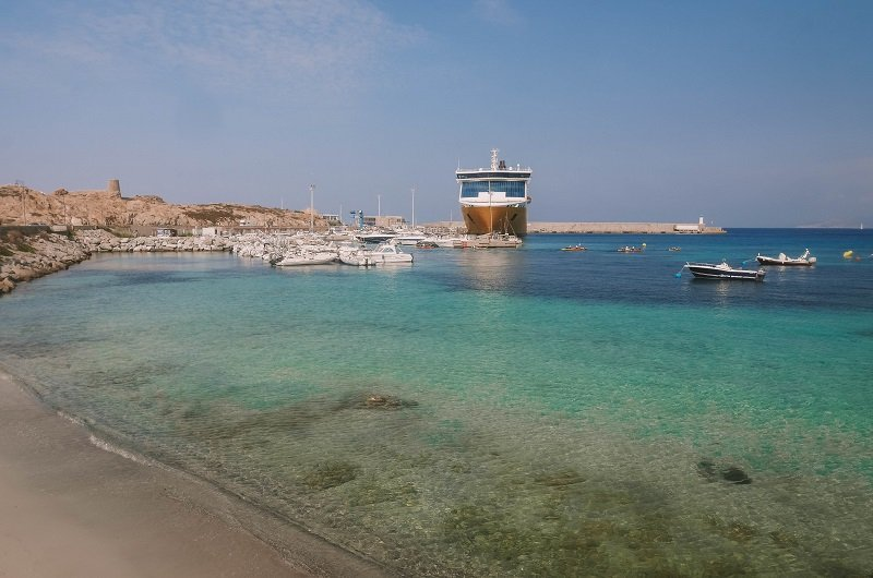 port de l'ile rousse