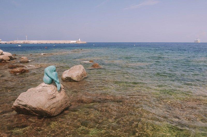 sculpture sirène ile rousse