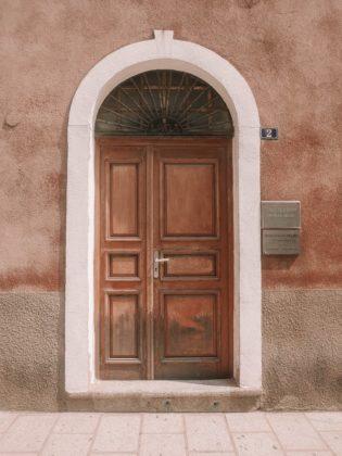 vieille porte ile rousse
