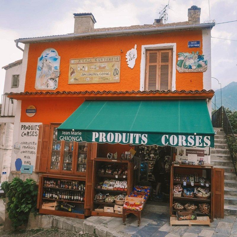 épicerie plus vieille d'europe corte