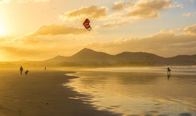 coucher de soleil plage de famara