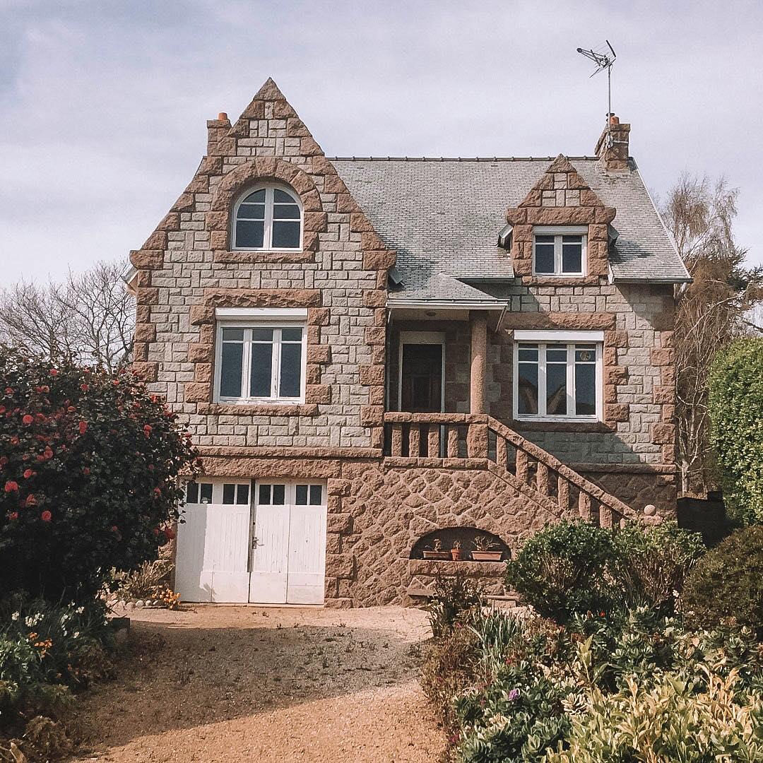 maison granit rose ploumanach