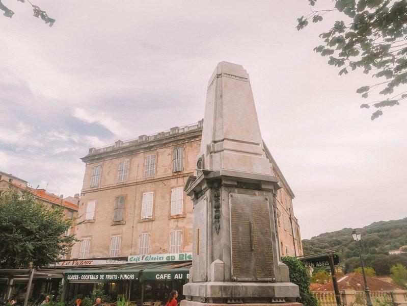 place centrale sartene