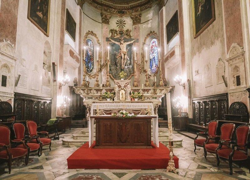 intérieur cathédrale sainte marie bastia