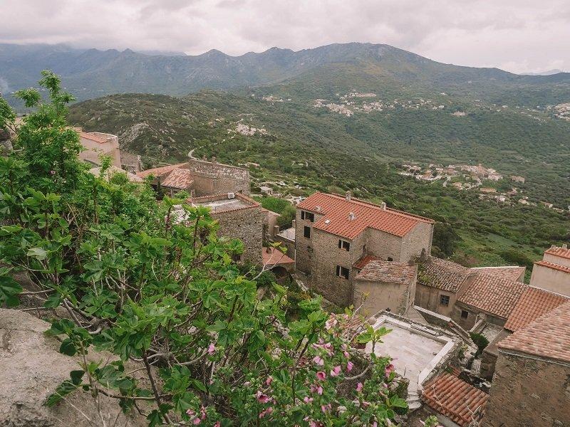 village sant antonino