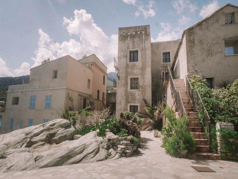village erbalunga
