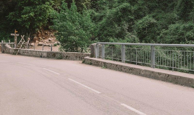 pont cascade voile de mariée