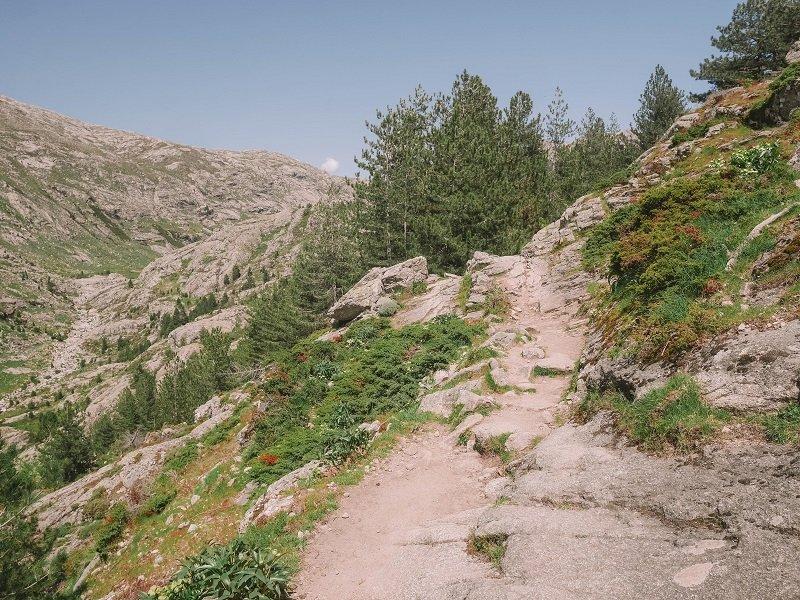 randonnée vers le lac de crena