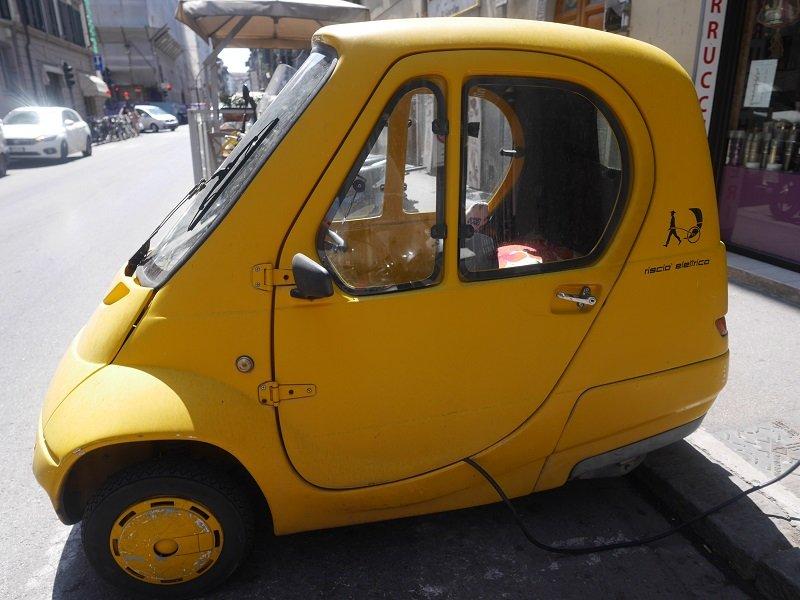 petite voiture italienne