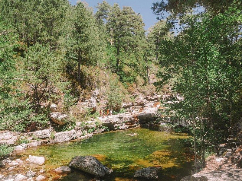 bassin cascade d'aitone