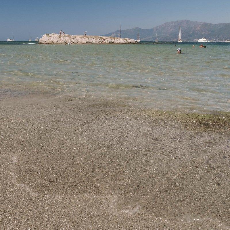 snorkeling plage de la roya