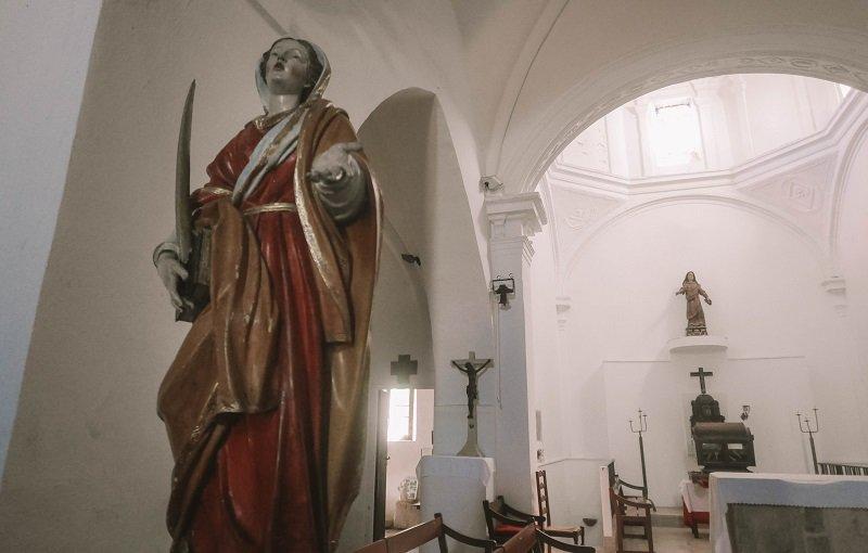 statue sainte restitude