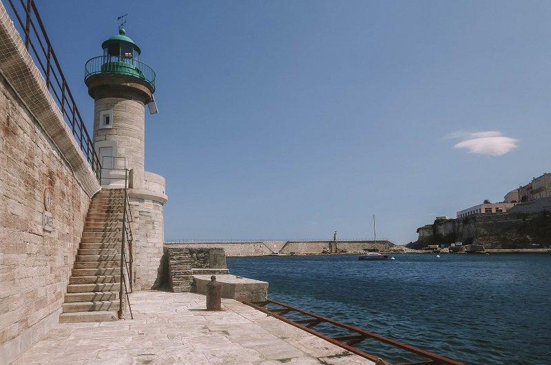 phare entrée port bastia