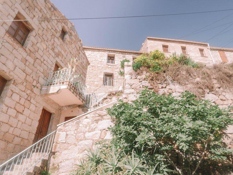 maisons village ota