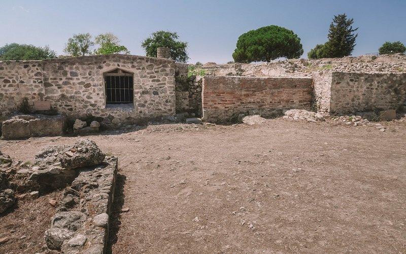 site de fouilles aleria