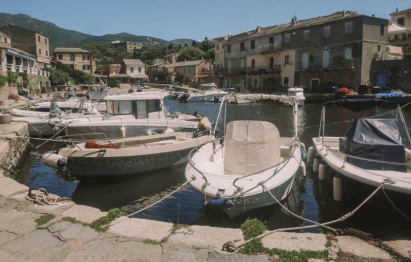 bateaux port de centuri