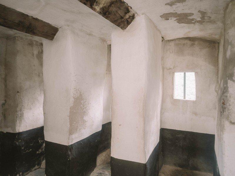 toilettes chateau fort corte