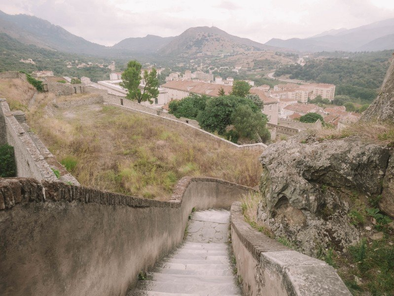 escalier marbre chateau corte